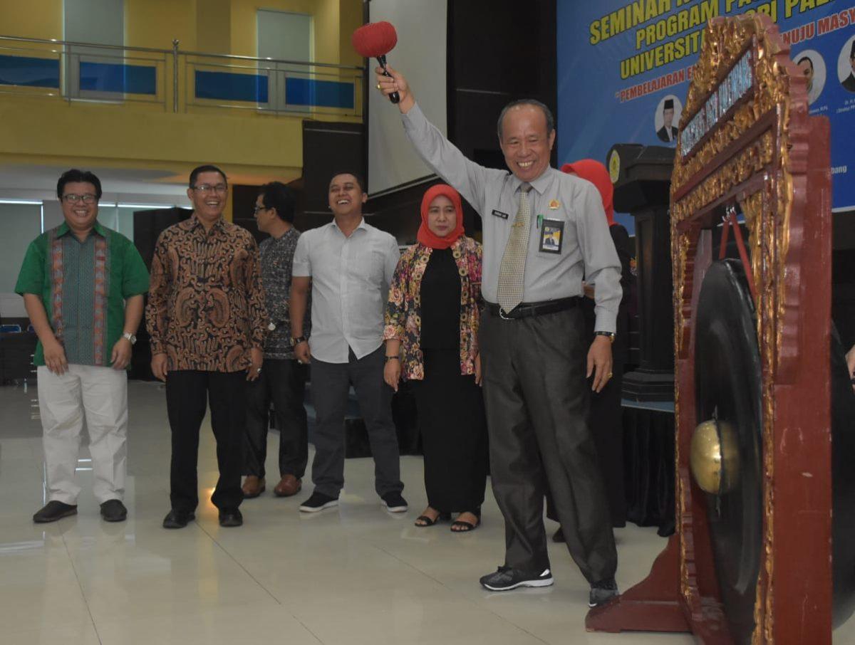 Program Pascasarjana Universitas PGRI Palembang Sukses Gelar Seminar Nasional Pendidikan